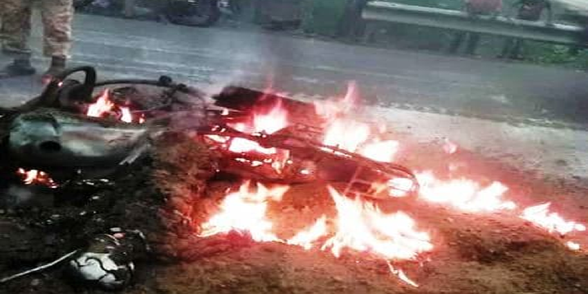 حادث احتراق دراجة نارية ومقتل سائقها - الحديدة